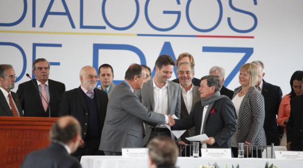 Santos suspende diálogos con guerrilla colombiana ELN