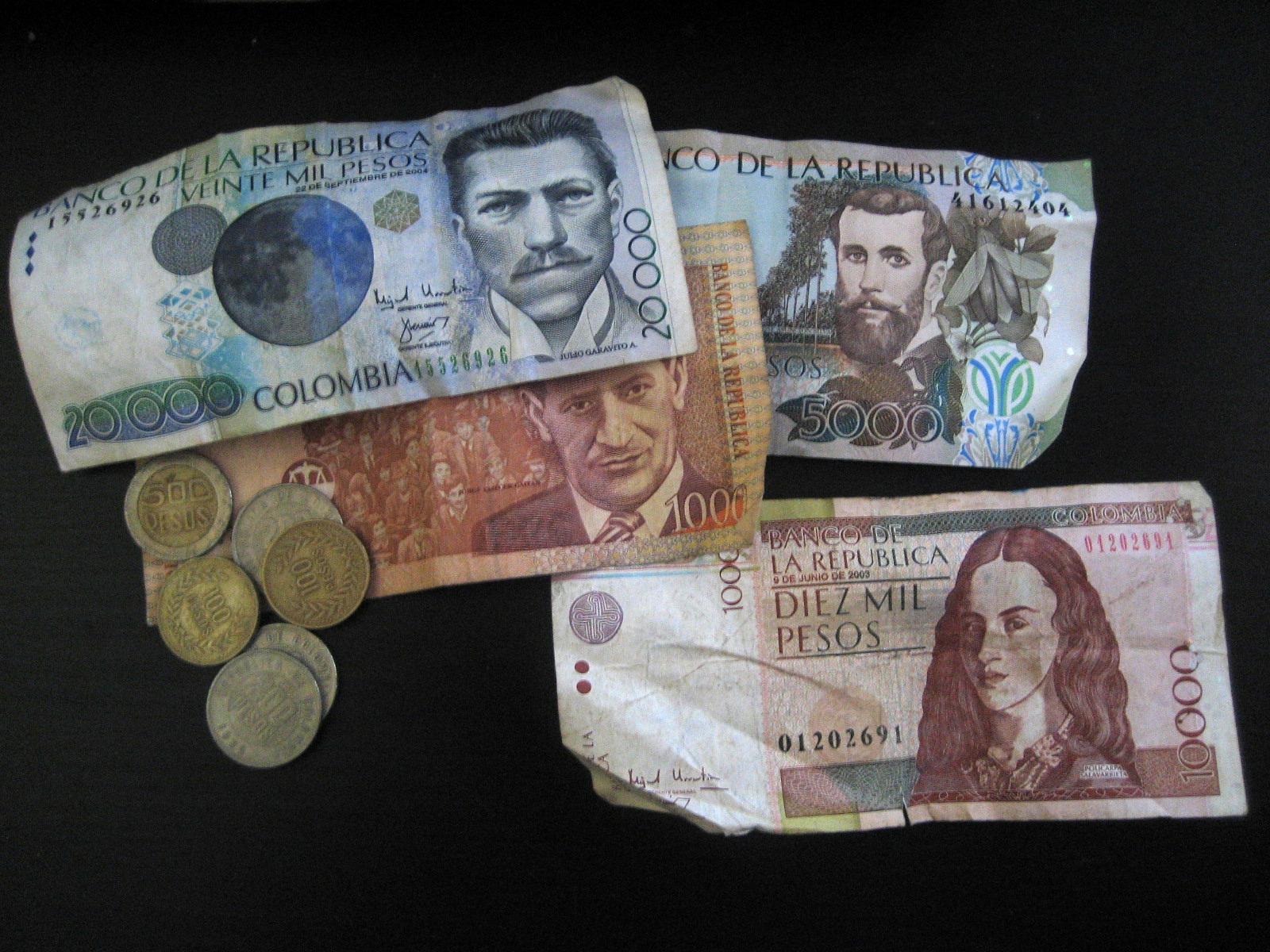 Gobierno de Colombia aumenta en 6 % el salario mínimo