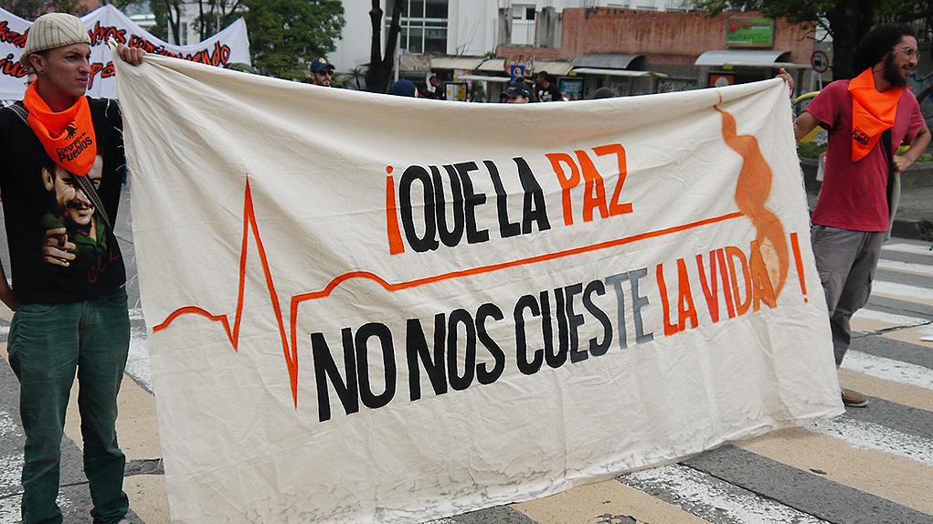 Resultado de imagen para atentado contra líderes sociales en Colombia