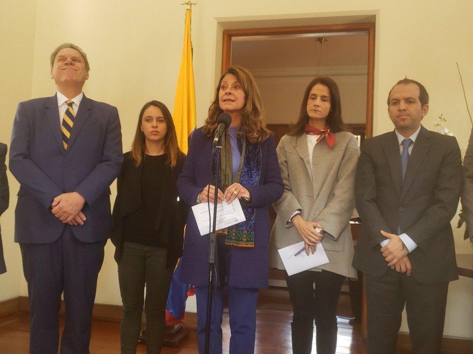 Firman pacto en Colombia contra acoso y abusos en sector futbolístico