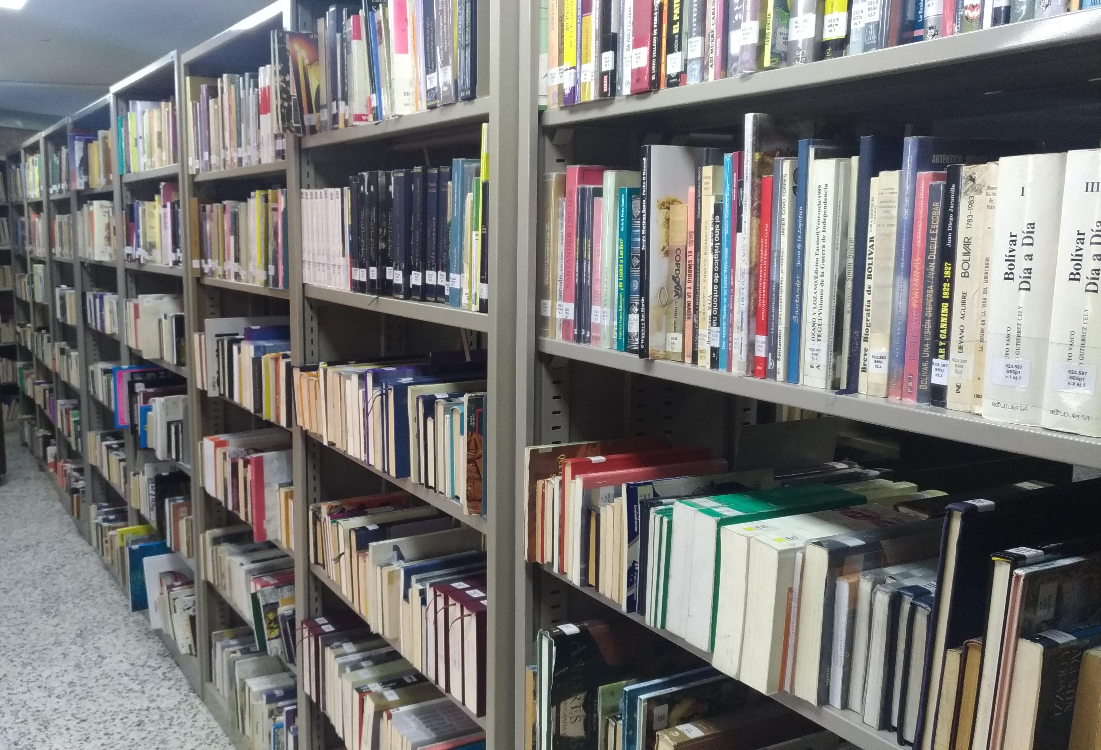 stand-de-libros