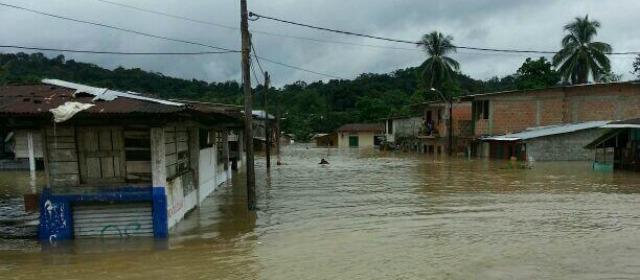 Continua operación de auxilio en el Choco tras inundaciones