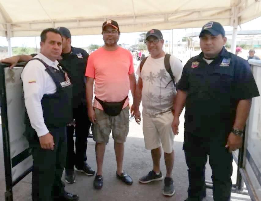 Autoridades de migración impiden entrada de familiares de Maduro a Colombia