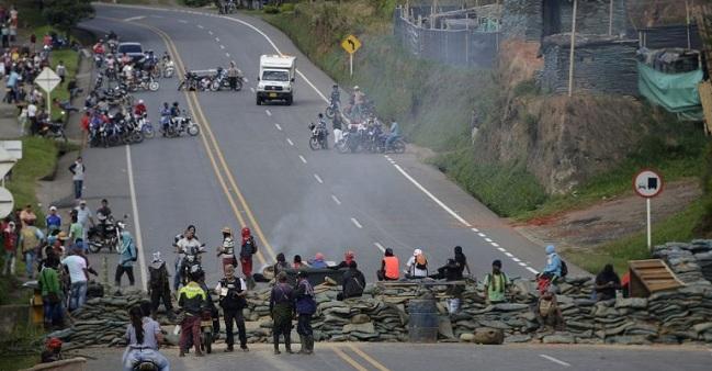 Gobernadores piden que Duque intervenga en la protesta indígena del Cauca
