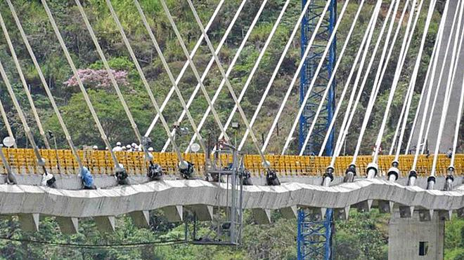 Sobre puente Hisgaura: el hecho de que no haya colapsado, no indica que esté bien construido