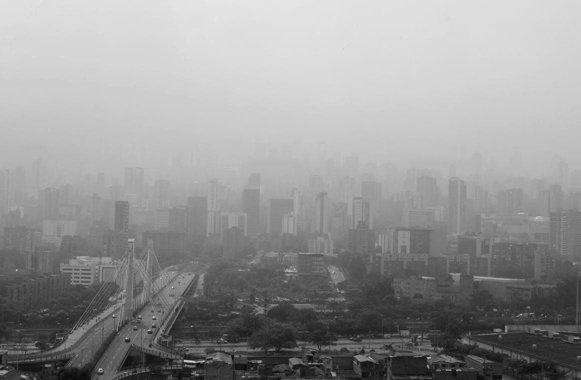 """""""El pico y placa ambiental de Medellín es insuficiente y errado"""", dicen transportadores"""