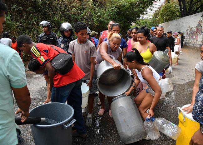 Maduro admitió que Venezuela está viviendo un momento 'grave' por el apagón masivo