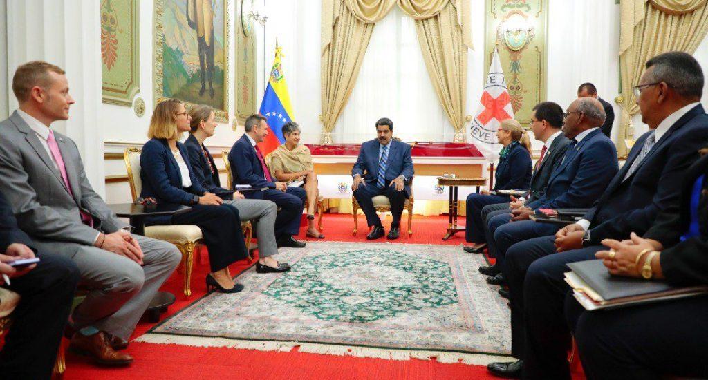 Nicolás Maduro dijo que dejará entrar ayuda humanitaria