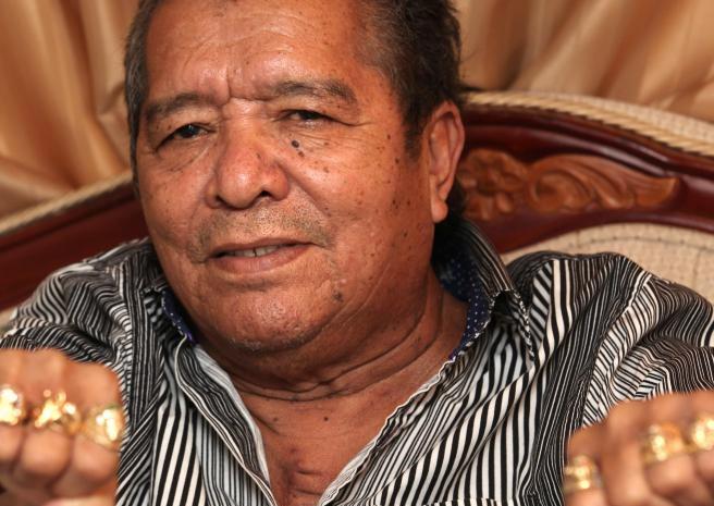 Atención: Pastor López no ha muerto, sigue en coma