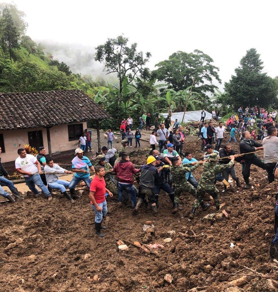 Aumenta el número de muertos por deslizamiento de tierra en Cauca