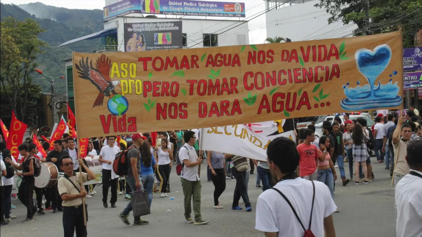 Gran marcha nacional en contra del fracking en Colombia