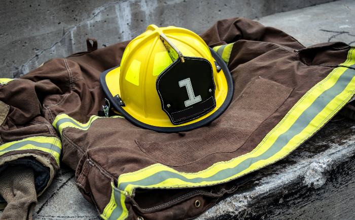 Voluntarios haciendo conciencia en todo tipo de riesgos