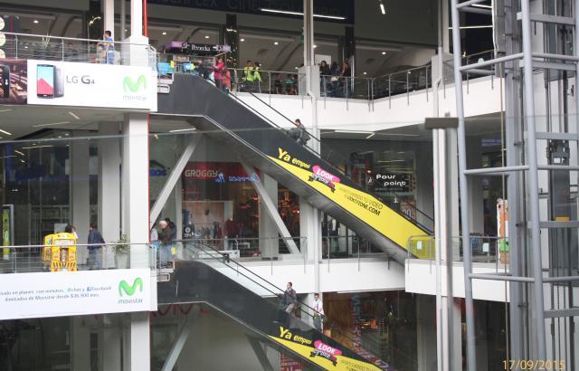 Identidad de persona que se habría suicidado en Centro Comercial