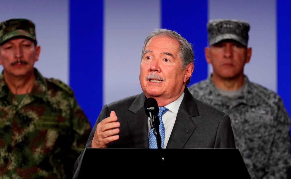 Ministro Botero, a dar explicaciones por posibles asesinatos extrajudiciales