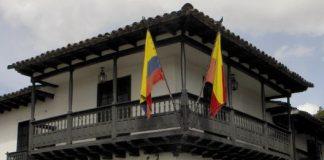Museo de la independecia Casa del florero de Llorente. Imagen tomada de https://www.absolutviajes.com/casa-del-florero-de-llorente/