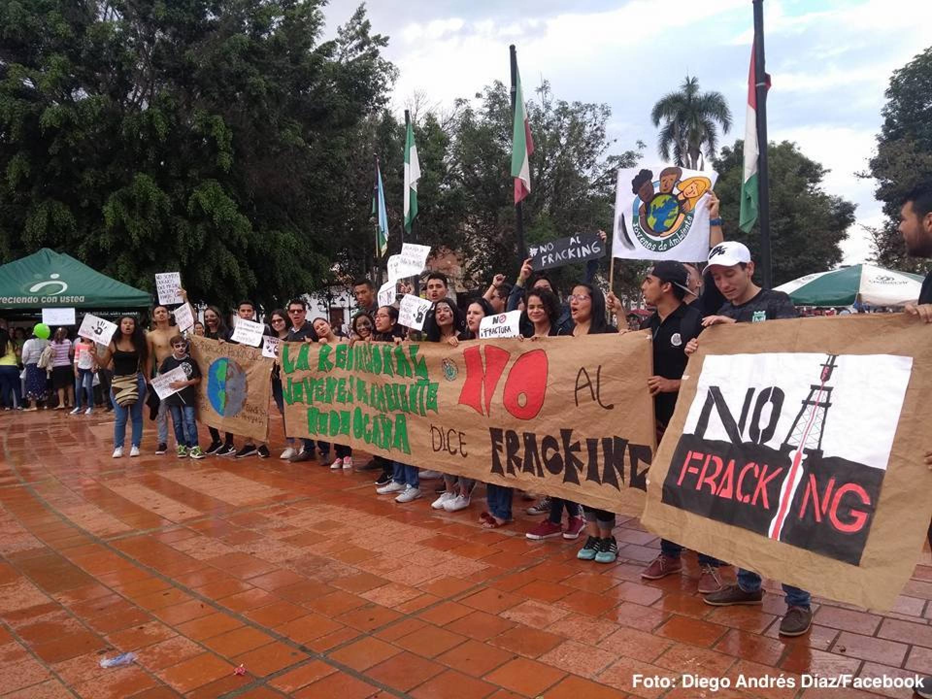 Frenan proyecto exploratorio de fracking en Colombia