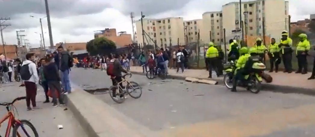 Fuertes disturbios en la UDEC extensión Soacha afectan