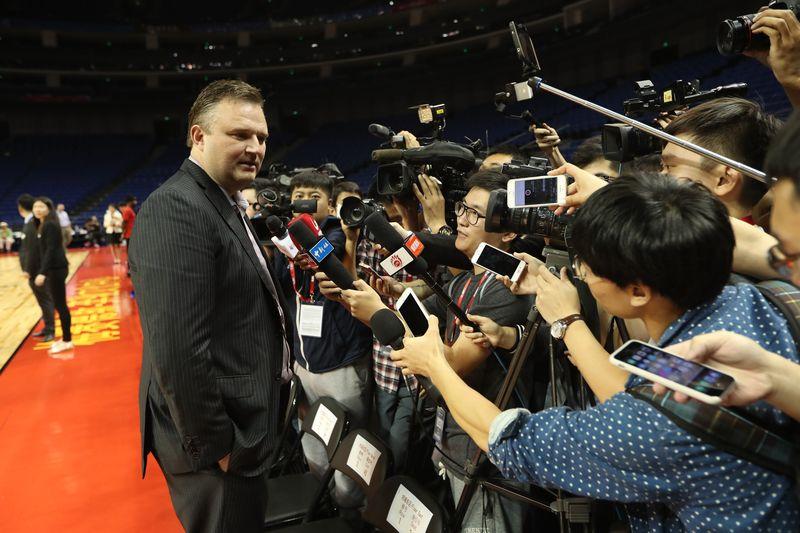 Lio millonario en la NBA por 200 caracteres en un tweet: Houston Rockets