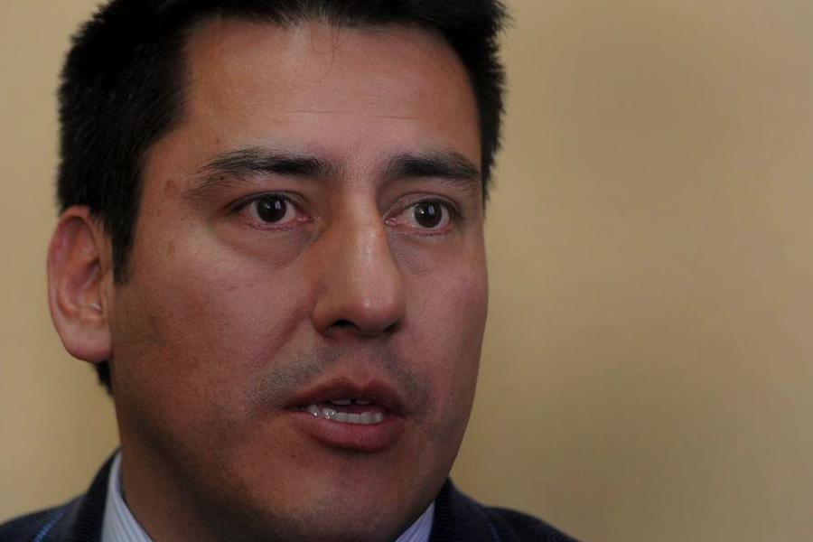 Bolivia dividida, en pie de lucha de contrarios y seguidores de Morales