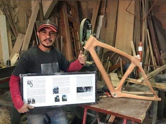 bicicletas en madera